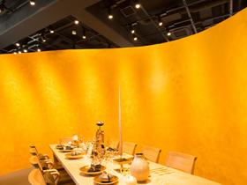 image:Dining booth